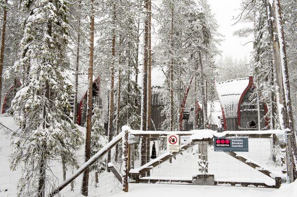 Antti Jokisen elokuvaa varten pystytetty kulissikaupunki oli vuosia tyhjillään. Kuva on vuodelta 2012.