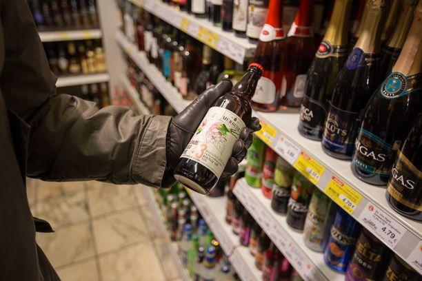 Noin neljännes juomista tuodaan Latviasta.