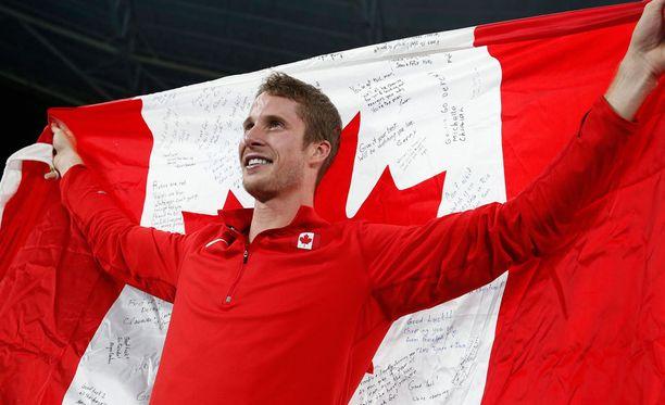 Derek Drouin nappasi kultaa korkeushypystä.