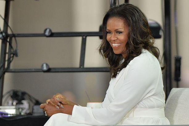 Michelle Obama kertoo hyvin avoimesti, miten perhe-elämä joutui koetukselle Barack Obaman uran vuoksi.