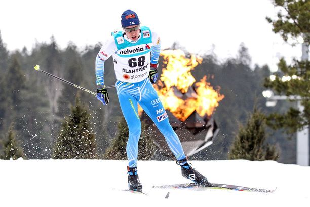 Matti Heikkinen voitti viime kaudella Lahden MM-kisoissa 50 kilometrin vapaan hiihtotavan kisassa pronssia.