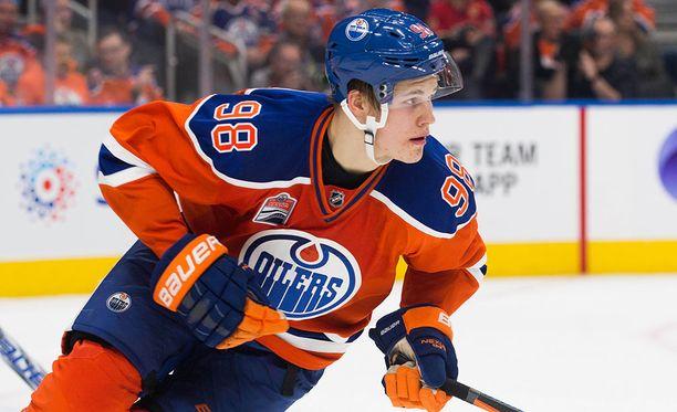 Jesse Puljujärvi pelasi viime kaudella 28 NHL-ottelua. Tämä kausi alkoi AHL:stä, jossa on luvassa runsaasti peliaikaa.