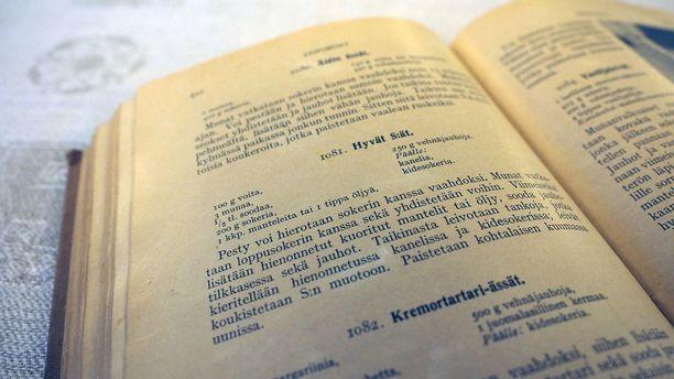 Hyvät Ässät -resepti löytyy vanhoista ruokakirjoista, kuten tästä 1930-luvun Keittotaito-kirjasta.