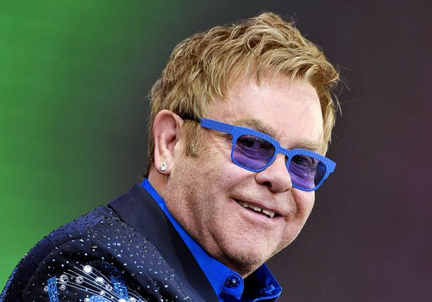 Sir Elton John on prinssi Harryn ja hänen veljensä Williamin läheinen ystävä.