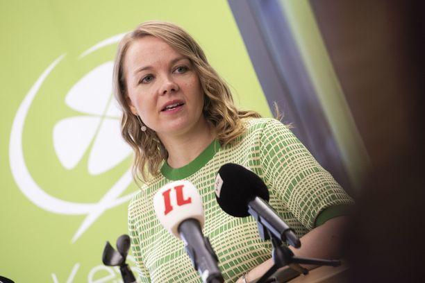 Kansanedustaja Katri Kulmuni (kesk) ei ole altistanut ketään eduskuntatalolla.