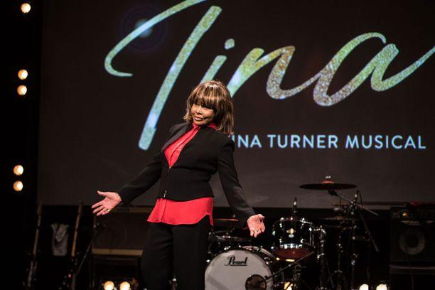 Turner on vuodesta 2013 ollut naimisissa itseään 26 vuotta nuoremman musiikkituottaja Erwin Bachin kanssa.