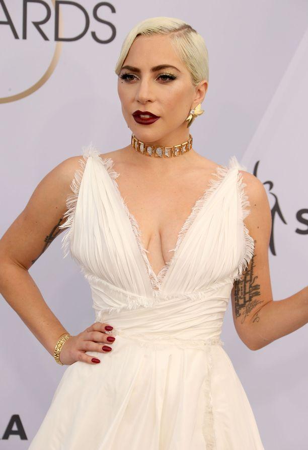Lady Gaga tunnetaan myös A Star Is Born -elokuvasta.