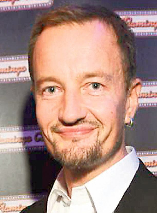 Eturivin elokuvavaikuttaja Olli Saarela on tuntenut Banerjeen jo vuosia.