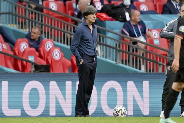Joachim Löw ei saanut EM-kisoissa Saksan joukkueesta parasta irti.