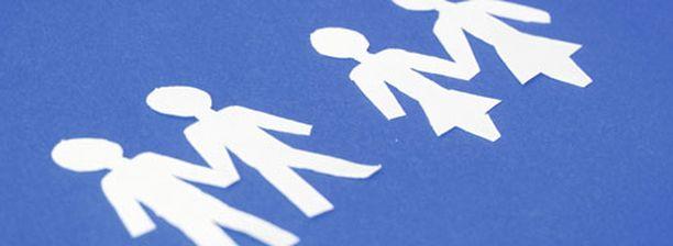 64 prosenttia kaikista vastaajista kannattaa rukoushetkeä homopareille.
