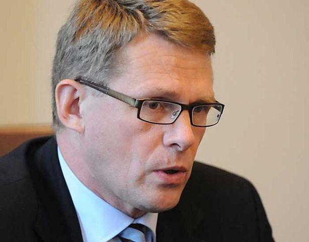 Pääministeri Matti Vanhanen taitaa yllättävän hyvin poliittisen sokkihoidon menetelmät. Politiikka on mahdollisuuksien taidetta.