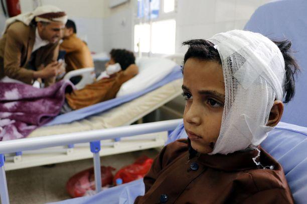 Koulubussiin kohdistuneessa ilmaiskussa Jemenissä kuoli elokuussa yli 50 ihmistä.