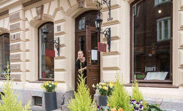 Ami Ojala on sekä Juuren että Latvan ravintolapäällikkö.