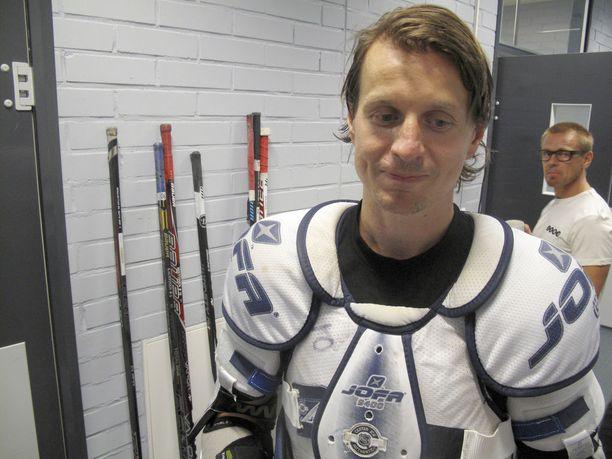 Tommi Kovasen ura päättyi taklauksen vuoksi kaudella 2012-13.