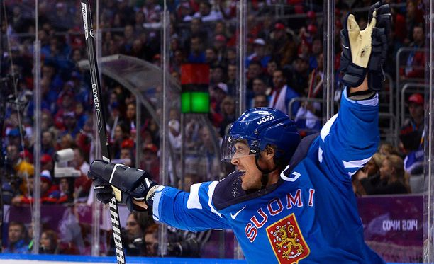 Selänne voitti kuusista olympialaisista neljä mitalia. Sotshissa 2014 mies kipparoi Suomen pronssille.