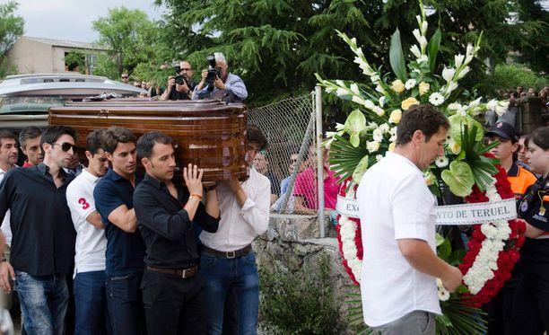 Härkätaistelija Victor Barrio haudattiin sunnuntaina Sepulvedan kaupungissa.