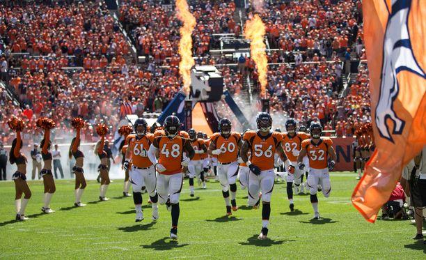 Denver Broncos voitti syyskuun 16. päivänä pelatussa ottelussa Oakland Raidersin 20-19.