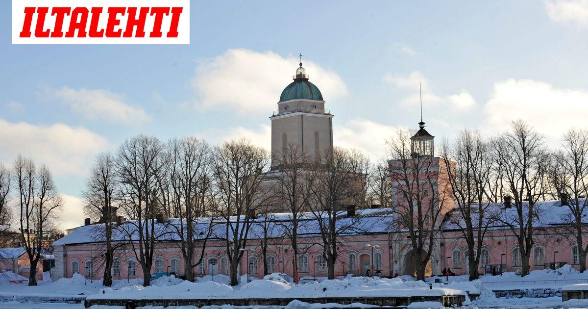 Länsimetron rakentamisroskia löytyi Suomenlinnasta asti  lumen kaadolla...