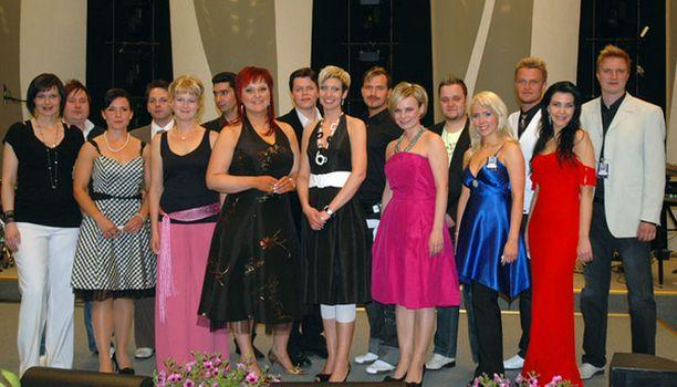 Tangofinaalin kymmenestä paikasta kisaa 16 naista ja miestä.