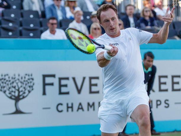 Henri Kontinen eteni parinsa John Peersin kanssa Wimbledonin toiselle kierrokselle.