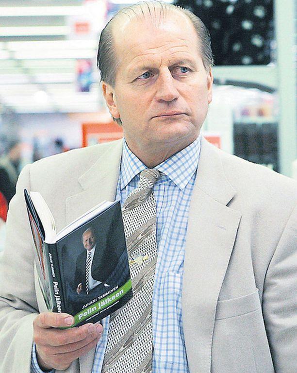 VUOSI SITTEN Tamminen havahtui ylipainoonsa ajomatkalla Pelin jälkeen -kirjansa esittelyn jälkeen.