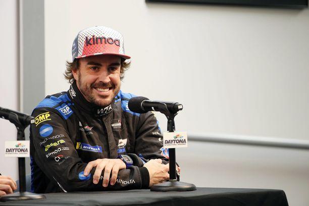 Fernando Alonso haluaisi testata Toyotan WRC-tykkiä Suomessa.