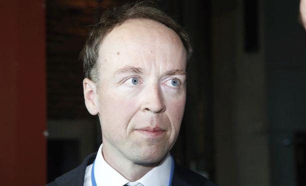 Jussi Halla-aho kritisoi Sebastian Tynkkysen erottamista. Arkistokuva.