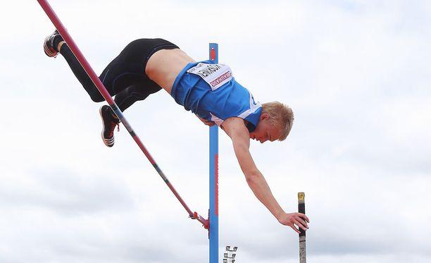 Niko Koskinen ylsi hopealle Ruotsissa järjestetyissä alle 20-vuotiaiden EM-kisoissa.