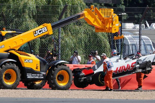 Romain Grosjeanin virhe tuli kalliiksi.
