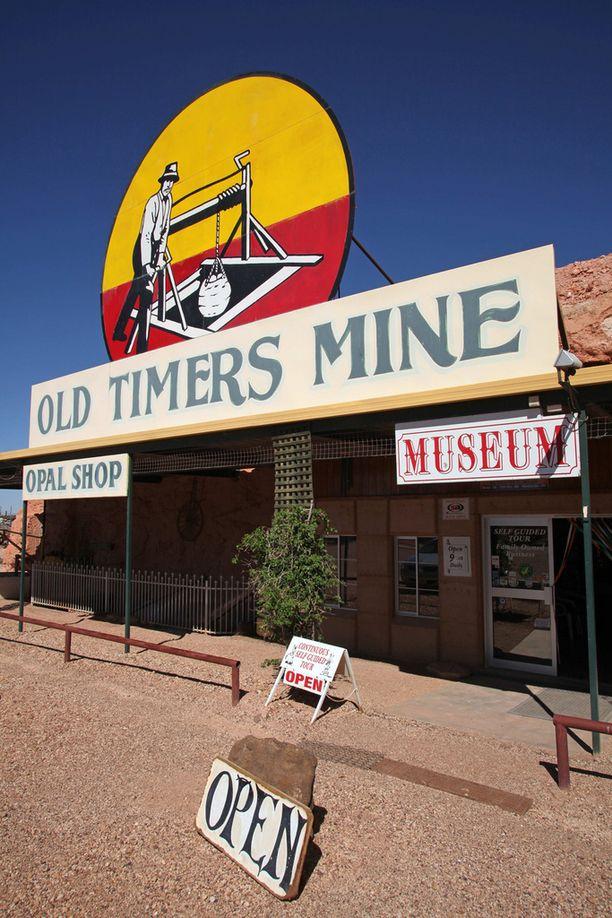 Entisaikojen kaivostoiminta kiinnostaa matkailijoita.