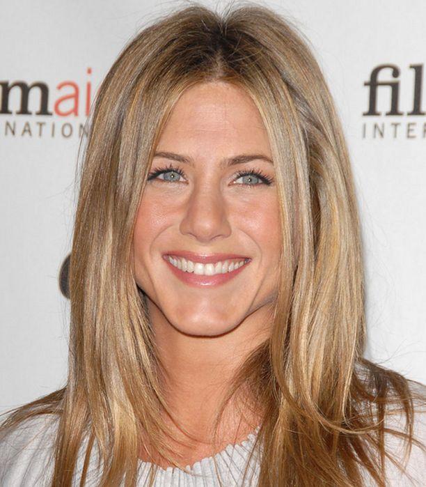Jennifer Aniston on etsinyt uutta rakkautta Bradin jälkeen. Löytyykö se Owen Wilsonista?