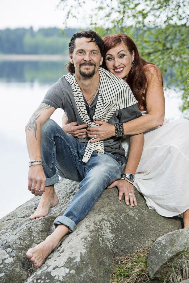 Saija Varjus ja Tero Lempinen purkivat kihlauksensa.