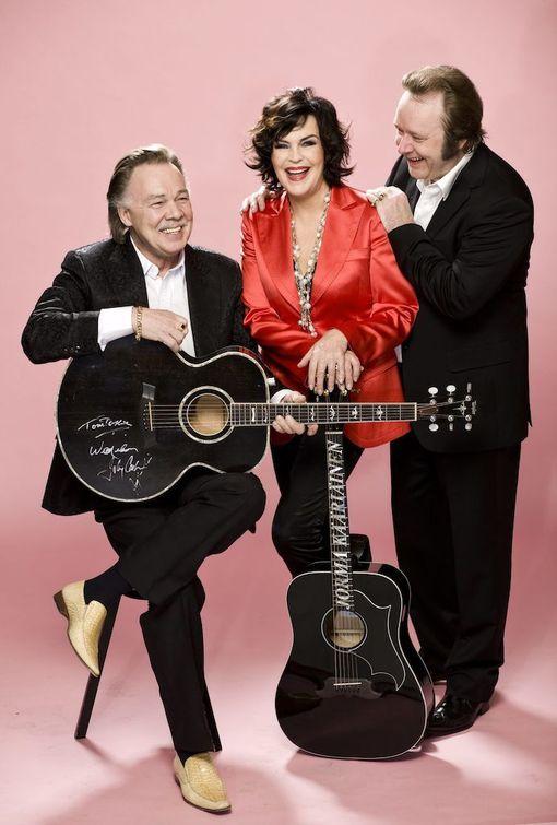 Vuonna 2008 Paula teki Vihdoinkin!-konserttikiertueen yhdessä Kari-Tapion ja Jorma Kääriäisen kanssa.