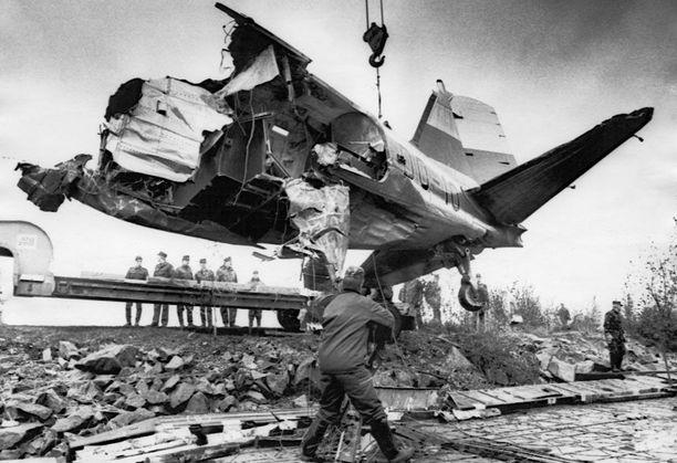 Onnettomuuskone oli DC-3-kuljetuskoneen C-47-versio.