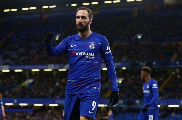 Gonzalo Higuaín debytoi Chelsea-paidassa.