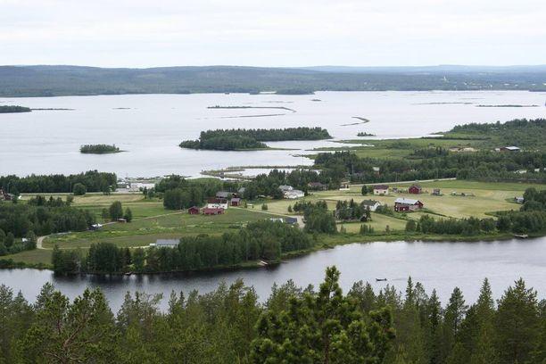 Kiistelty tapaus sattui Kemijärven rantamaisemissa toissa syksynä. Rovaniemen hovioikeus pani pisteen asian käsittelylle perjantaina.