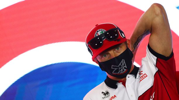 Kimi Räikkönen oli median tentattavana Silverstonessa.