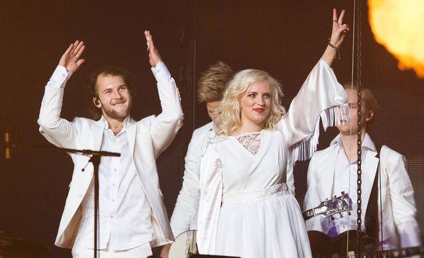 Haloo Helsinki! nousee Saku Suurhallin lavalle tänään ja huomenna.