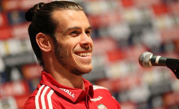 Gareth Bale (kuvassa) ja Aaron Ramsey ovat Walesin ainoat todelliset nimimiehet.