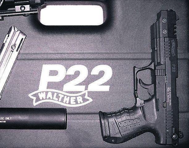 SURMA-ASE. Matti Saari surmasi kymmenen ihmistä ja itsensä Walther P22 -pistoolilla.
