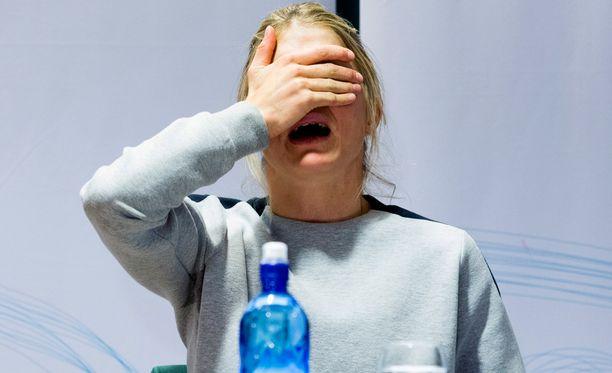 Therese Johaugilla oli mahdollisuus sopia tarinasta lääkärin kanssa ennen kuin parivaljakolta tivattiin virallista lausuntoa.