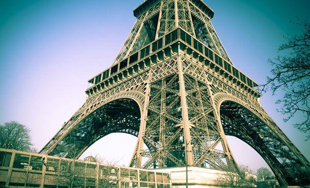 Gustave Eiffel rakennutti itselleen asunnon tornin kolmannelle tasolle.