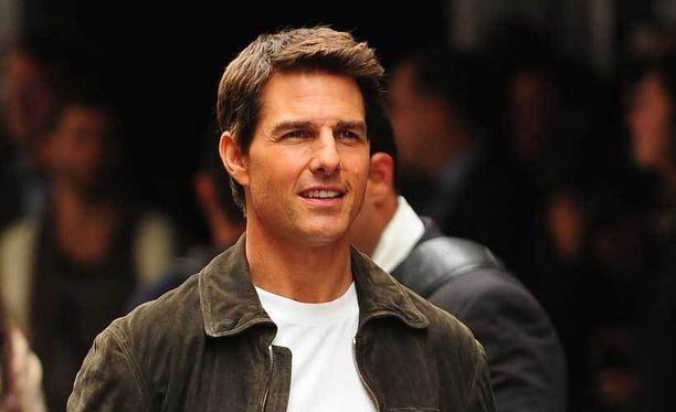 Tom Cruise eroaa jo kolmatta kertaa.