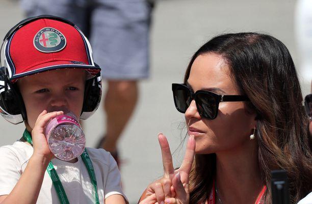 Robin ja Minttu Räikkönen ovat tuttu näky varikolla.