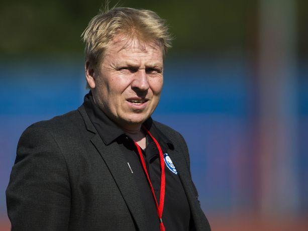 HJK:n toimitusjohtaja Aki Riihilahti on Euroopan huippufutiksen näköalapaikalla.