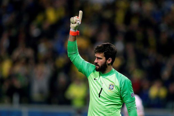 Brasilian maajoukkuevahti Alisson on tottunut pitämään Leo Messin nollilla.