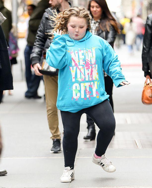 Honey Boo Boo pisti jalalla koreasti New Yorkin -reissullaan.