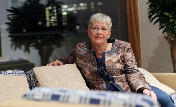 Anne Erikssonin mukaan moni suurlähetystöstä apua hakeva ei tunne ruotsalaista järjestelmää, vaikka se Suomen kanssa suhteellisen samanlainen onkin.