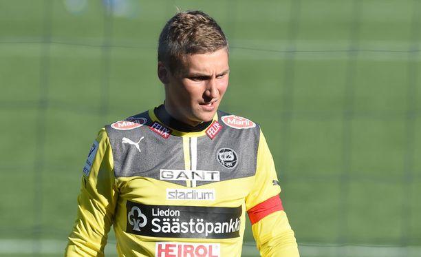 Jukka Lehtovaara suuntaa pois Turusta.