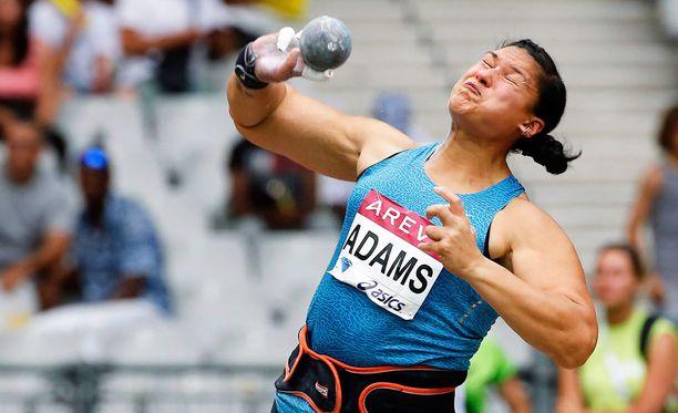 Valerie Adams ei pysty osallistumaan Pekingin MM-kisoihin.